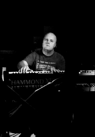 Martyn Beazley - Keyboards and Percussion